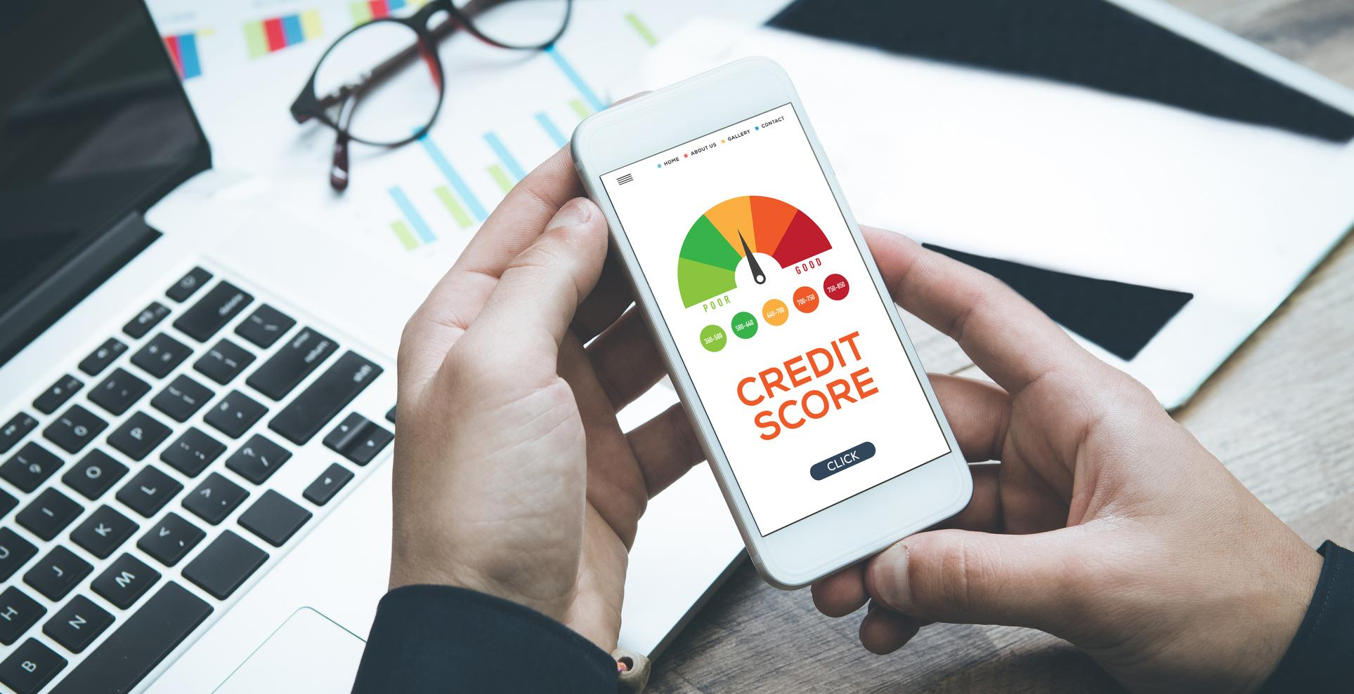 smart phone checking credit score